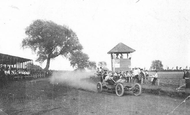 Photograph from the first on a track automobile race held at Combination Park in Geneseo in 1911 Photograph from the Geneseo Historical Society