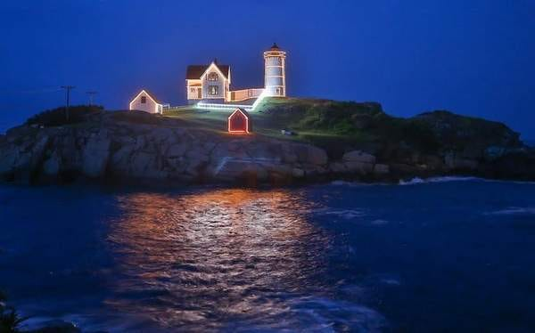 Even as the town brings back more live and in-person events for York Days 2021, there still won't be a live event to kick off the summer lighting of the Nubble. Organizers cited difficulty in spacing people out at Sohier Park. The lighthouse will still be lit, as it was here in July 2015.