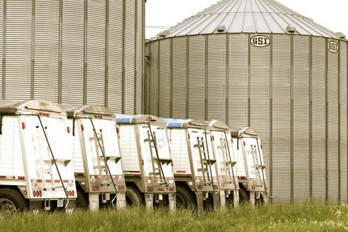 The Missouri Department of Agriculture'sGrain Regulatory Services ProgramMonday suspended the Missouri grain dealer license for Pipeline Foods, LLC.