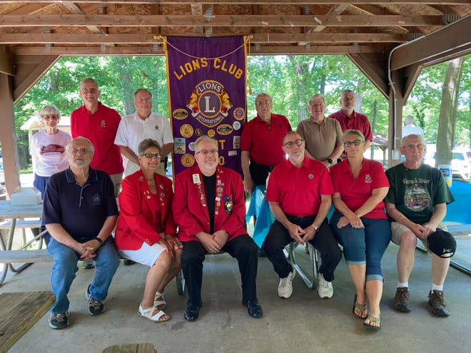 New officers for the Kent Lions Club were installed recently. Front row, from left areRon Manson (financial secretary), Jane Gwinn (board member), incoming King Lion Tony DeLuke, Steve Hardesty (secretary), Missy Harmon (2nd vice president), and Jim Stroble (Lions Beef Editor). Back row, from left, arePolly Germer (board member), Glenn Luttner (3rd vice-president), Scott Stiegemeier (tail twister), Jerry Fiala (monarch), Doug Long (membership chair), and Glenn Russell (board member). Also taking officer are Jeff Coffee (1st vice-president), Scott Mikula (treasurer), Bob Springer (board member) and Leo Lux (Lion Tamer).