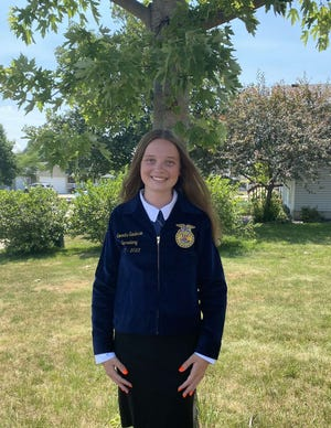 Roland-Story FFA officer Samantha Sanderson will be a participant in the 2021 Global Youth Institute.