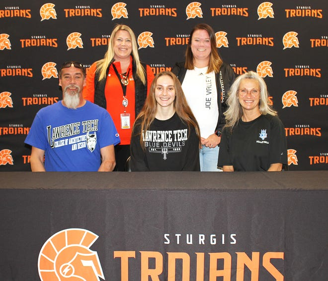 Erika Reed, a 2021 graduate of Sturgis High School, will continue her academic and volleyball pursuits at Lawrence Tech University.