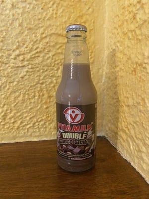 La Thaïlande est loin, mais cette friandise touche près du cœur du pays laitier américain : Vitamilk Choco Shake.