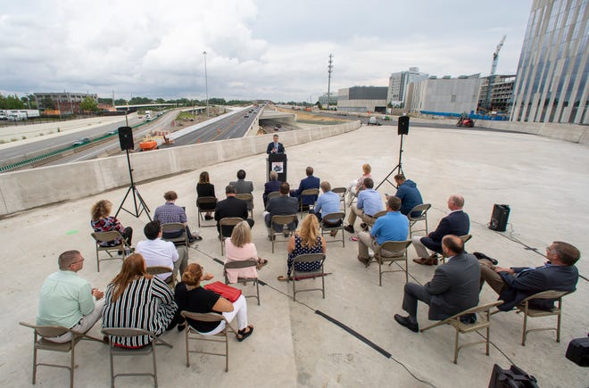 MORPC executive director William Murdock speaks during a ceremony for the opening of the Fulton Street on ramp to I-70 eastbound Downtown on Tuesday, July 13, 2021.