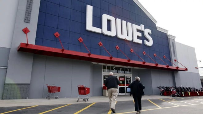 Lowe's in Spring Hill will receive a new expansion, which includes a tool rental facility, as well as a fenced-in storage area for contractors.