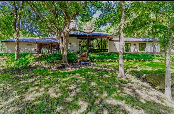 259 Double D Ranch Drive in Sherman