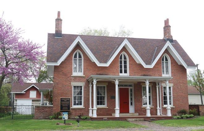 The Jones House at 314 E. Madison St.