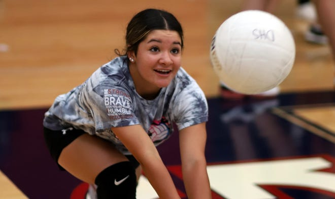 Senior Bianca Valverde returns to the Lady  'Cat varsity as a Libero (defensive specialist).