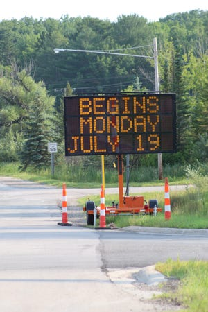 Signs near the northbound on ramp of I-75 and at M-33 both show that the construction work on M-27 between Topinabee and Cheboygan is scheduled to begin July 19.