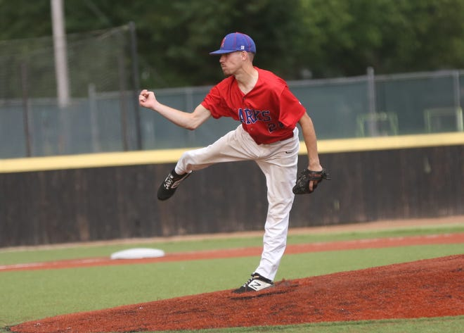 Hunter Parker tossed a nine-inning shutout for the Hays Larks on Tuesday against the Fort Collins Foxes.