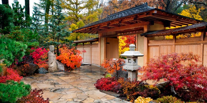 Anderson Japanese Gardens will offer a calligraphy workshop this weekend in Rockford.