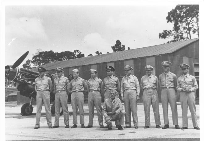 Personnel at the Venice Army Air Base.