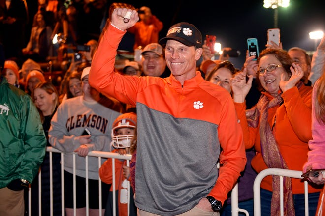 Former Oklahoma and current Clemson defensive coordinator Brent Venables became the highest-paid assistant football coach in the country on Wednesday.
