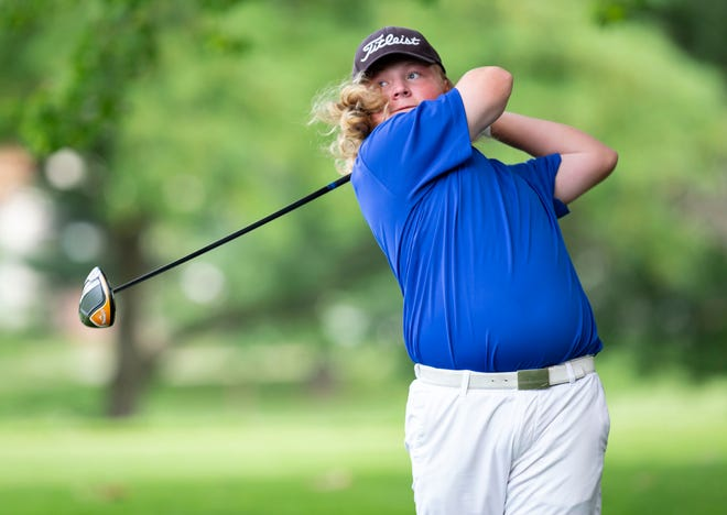 Peyton Woods tees off on the No. 5 hole in the Championship Flight for the Kone Elevator Drysdale Junior Golf Tournament at Bunn Golf Course in Springfield, Ill., Thursday, July 15, 2021. [Justin L. Fowler/The State Journal-Register]