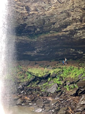 Brandi Smith was visiting Noccalula Falls July 10 and she captured an apparent proposal with her camera. She hopes to share the photos with the couple if she can contact them.