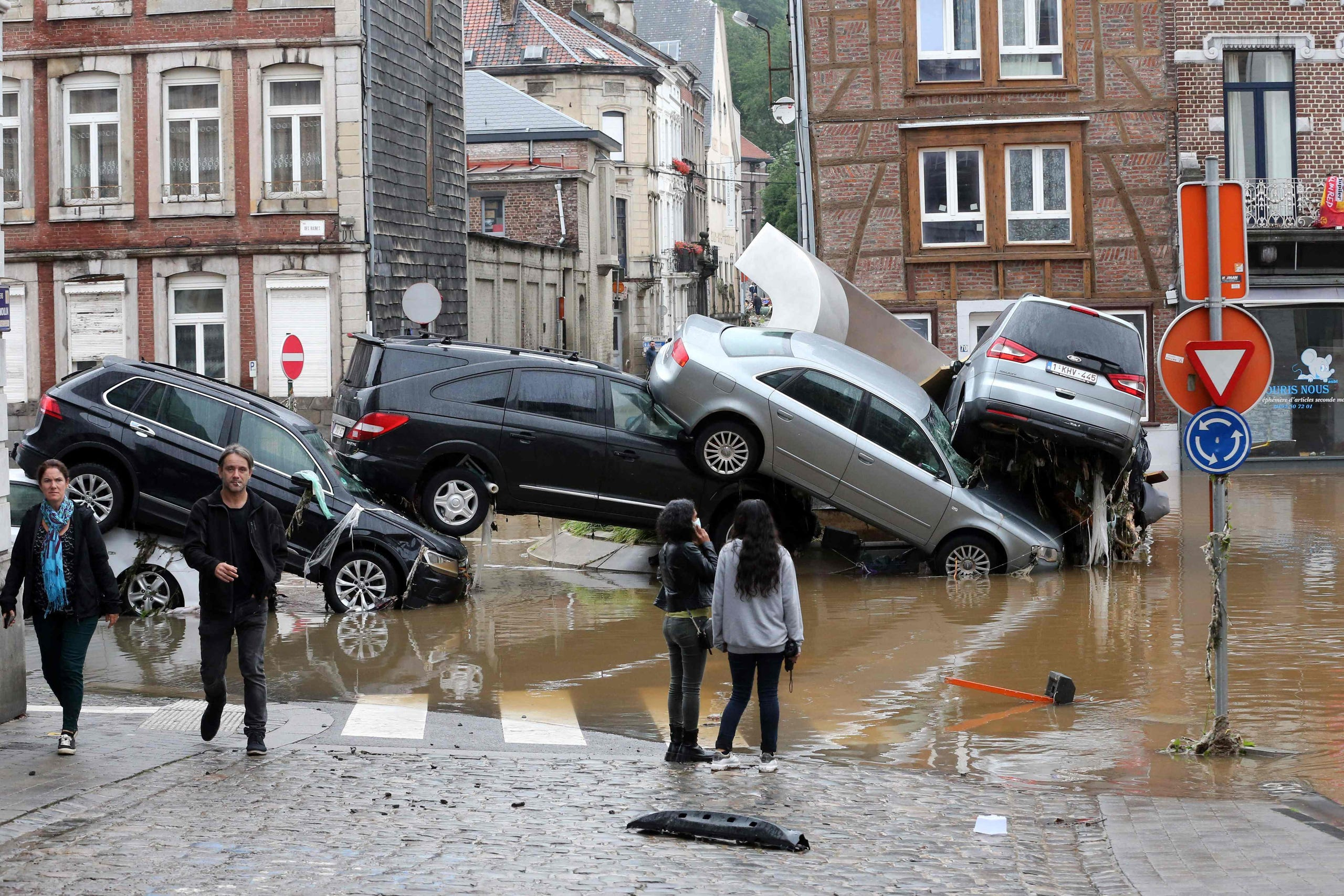 Deadly floods in Europe rage through Germany, Belgium