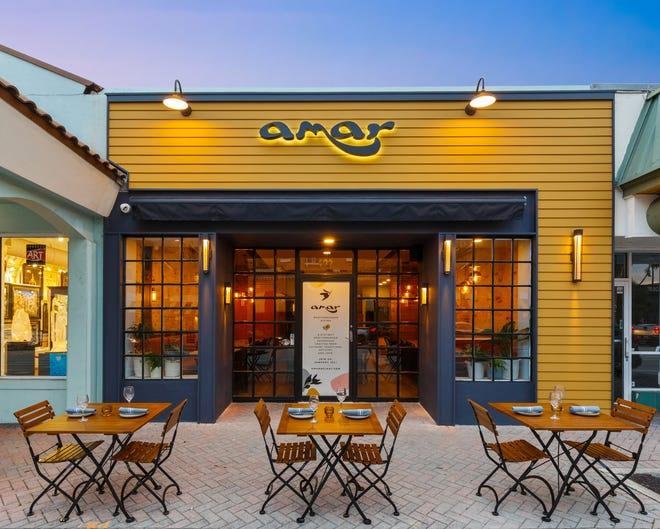 L'Amar Mediterranean Bistro si trova su Atlantic Avenue a Delray Beach.