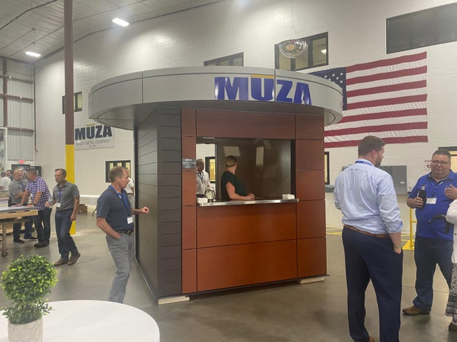 Muza Sheet Metal opened in a new location at 2676 S. Oakwood Road.