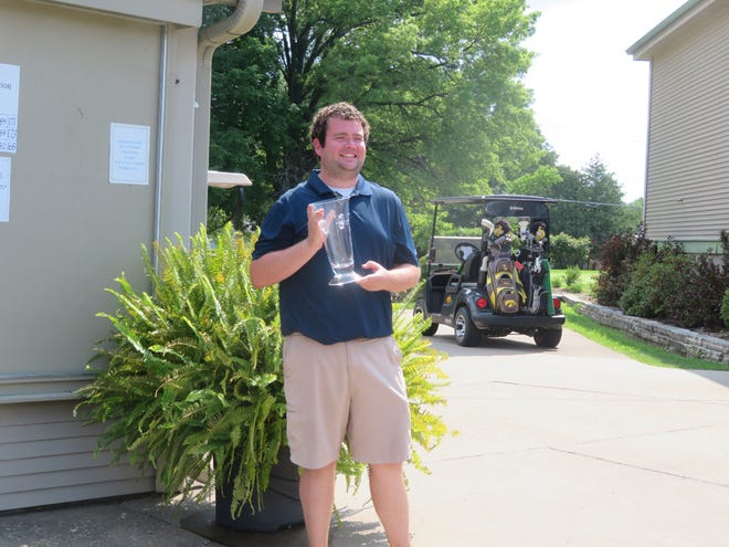 Kacie Broeg won his fifth Men's City Championship on Sunday at Burlington Golf Club, defeating Nate Spear in a one-hole playoff.
