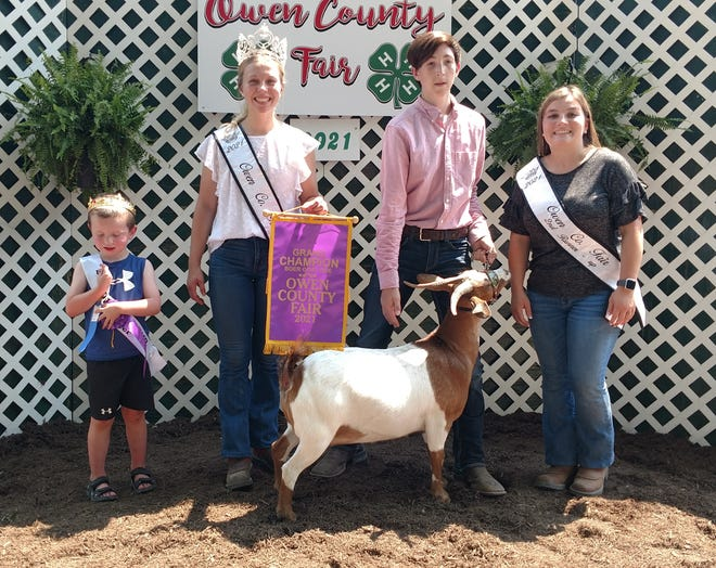 The 2021 Meat Goat doe winner was Chase Doub, second from right. He is shown with 2021 Little Mister Lane Page, 2021 OC Fair Queen Elizabeth Beeman and second runner-up Hannah York.
