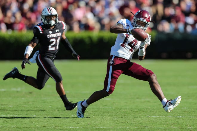 Texas A&M wide receiver Camron Buckley makes a catch against South Carolina defensive back Jamyest Williams during their 2018 game. Buckley has transferred to Indiana, where he'll give talented quarterback Michael Penix Jr. another talented weapon.