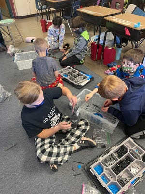 Clinton first graders work on a STEM project.