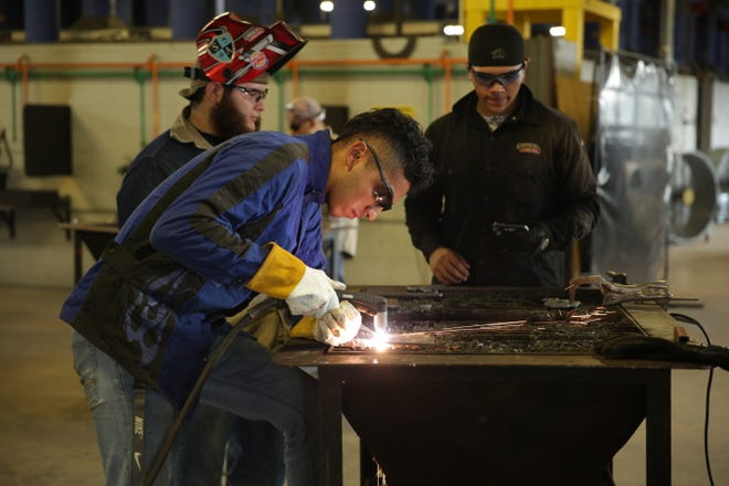Texas State Technical College offers certificates of completion in Structural Welding and Structural and Pipe Welding, and an occupational skills award in Basic Welding - Multiple Processes at its North Texas campus.