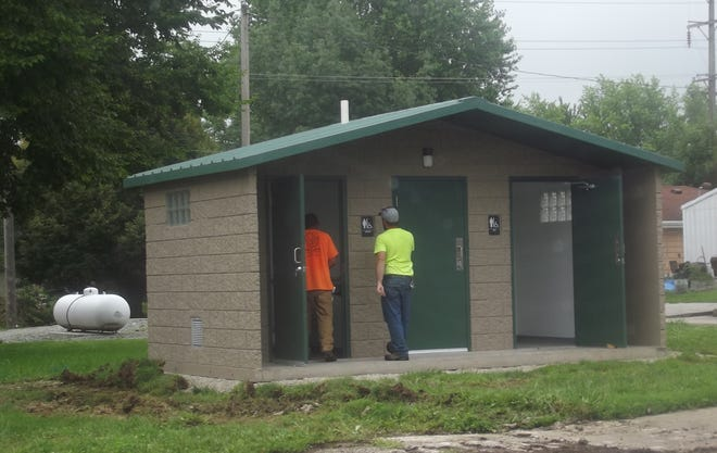The new restroom facility on the square has been built. It is awaiting the addition of  ADA-compliant sidewalks.