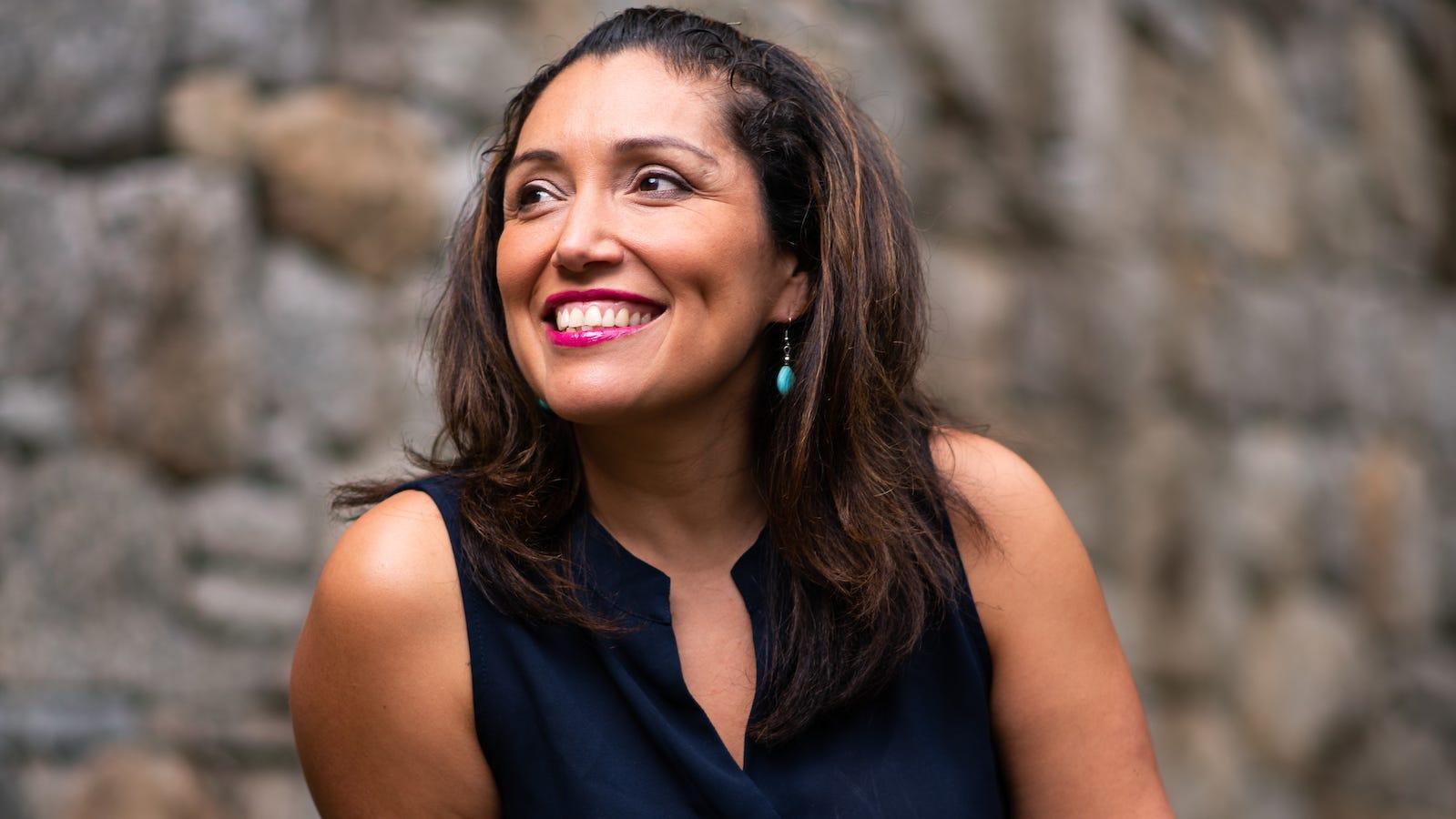 MetroWest Readers Fest to spotlight books by Framingham State University professor Jennifer De Leon