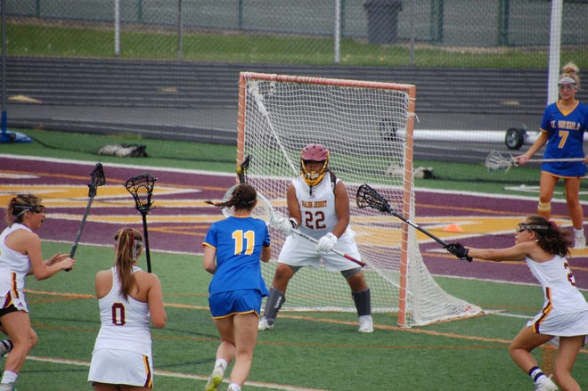 Walsh Jesuit freshman Mia Kavlick, a resident of Aurora, was named All-Ohio in lacrosse.