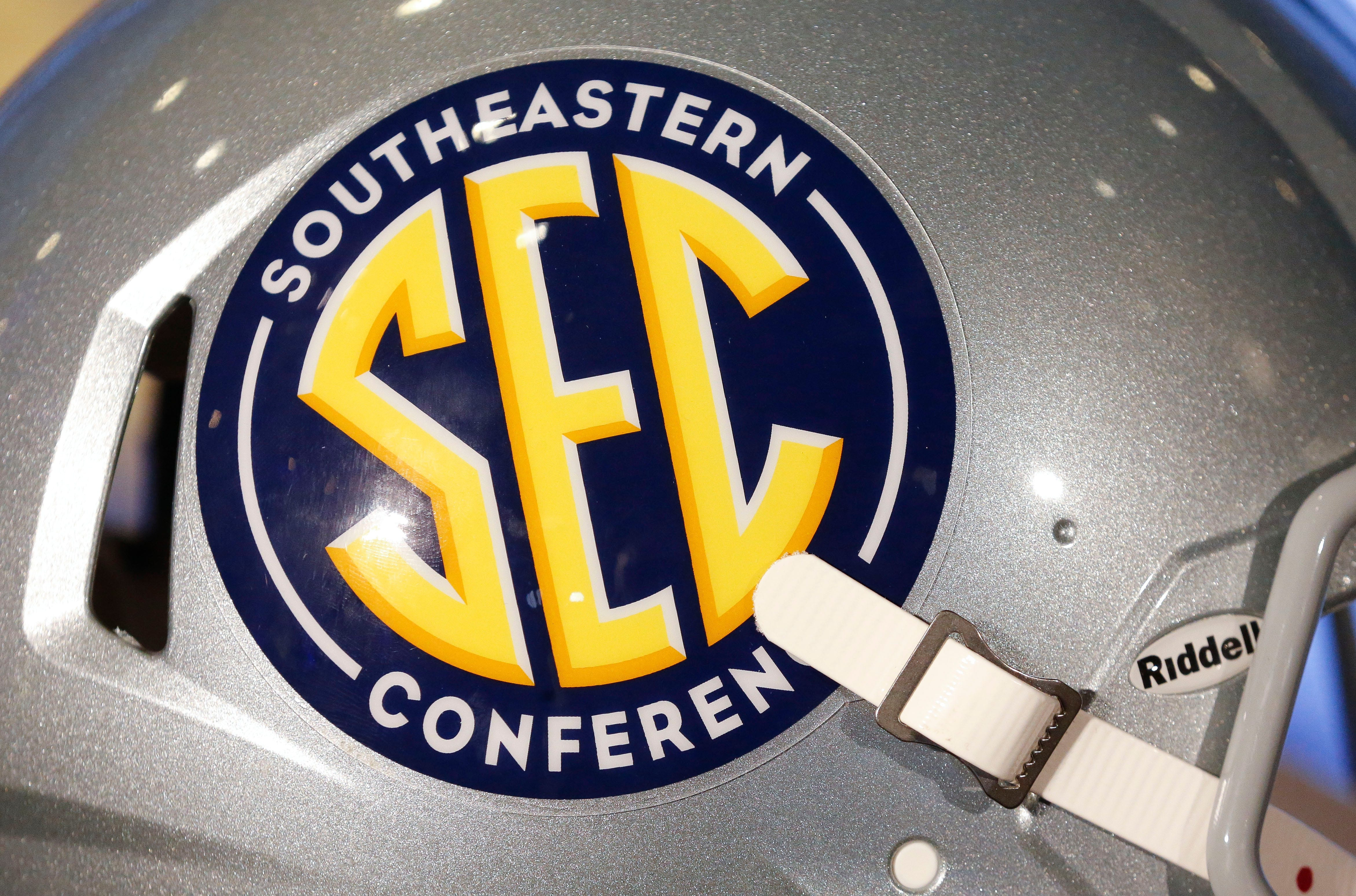 tennessean.com - Blake Toppmeyer, The Tennessean - If SEC passes on Texas and Oklahoma, it risks its spot at head of college sports' table | Toppmeyer