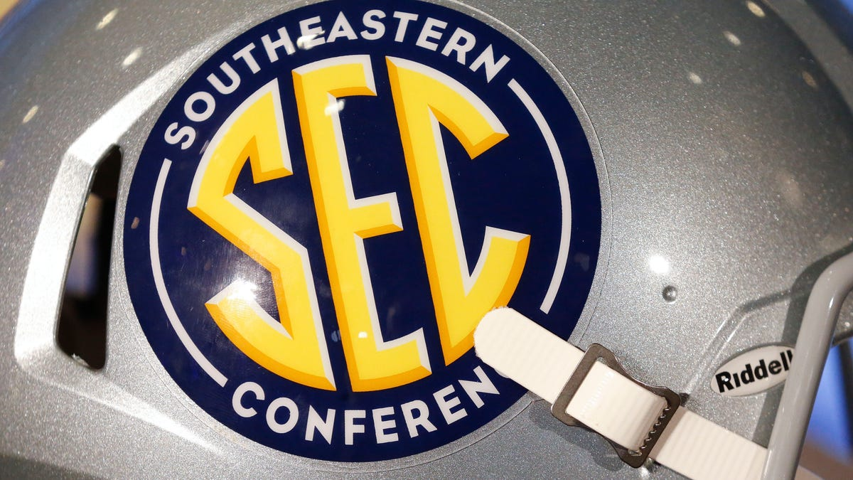 The next domino: Texas, Oklahoma formally ask to join the Southeastern Conference in 2025