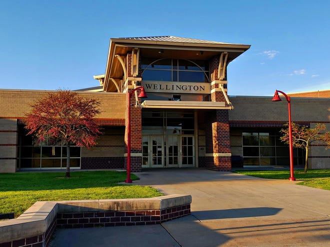 Front of Wellington High School