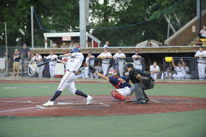 Jake Shier in an at-bat against the Lafayette Aviators.