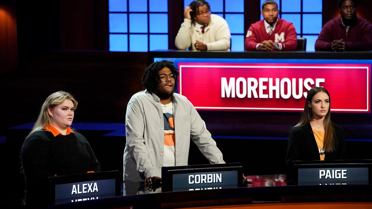 University of Tennessee quiz whizzes playing for spot in 'College Bowl' semifinals