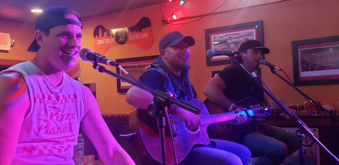 """Singer/songwriters Casee Allen, Rick Ferrell and Ryan Robinette perform their new release """"Drunk in My Drank,"""" written by Ferrell  in Tuscarawas County."""