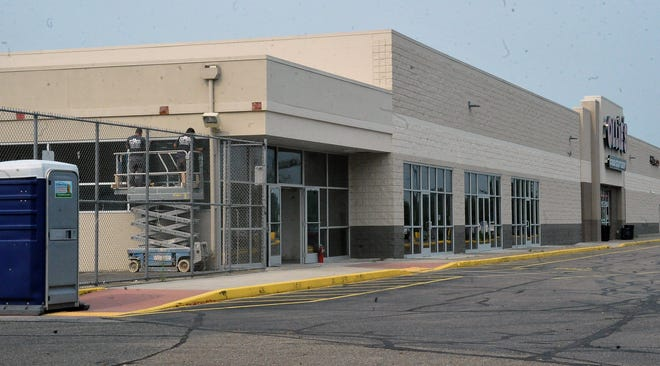 The building at 1851 Portage Road in Wooster, just east of Ollie's Bargain Outlet and Marc's, is being remodeled for Harbor Freight, which plans to open there in early 2022.