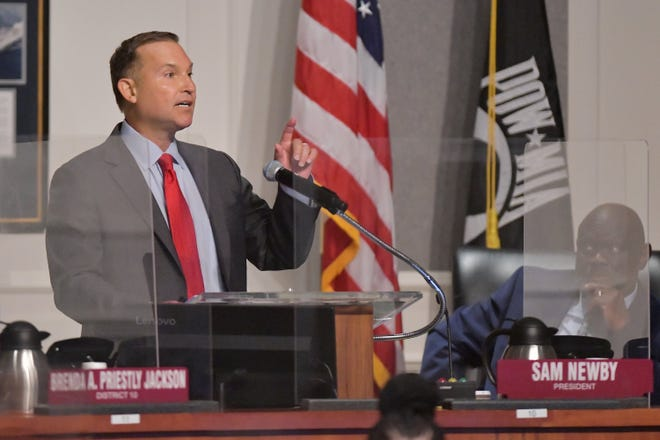 Jacksonville Mayor Lenny Curry delivered his proposed 2021-22 budget to City Council on Tuesday. The general fund budget clocks in at about $1.4 billion and he also proposed $495 million for capital improvement projects in the fiscal year starting Oct. 1.