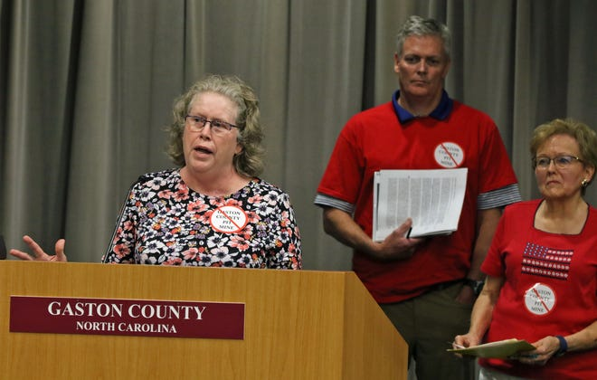 Linda Bennett speaks about her concerns after a presentation by Piedmont Lithium to the Gaston County Board of Commissioners Tuesday evening, July 20, 2021, at the Gaston County Courthouse.