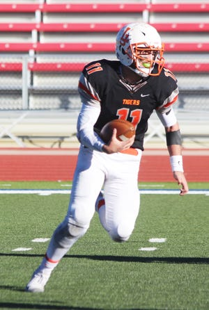 Former La Junta High School student-athlete Jon Nuschy runs with the ball at the 2018 Class 2A state championship game. Nuschy will transfer from the University of Northern Colorado to CSU Pueblo.