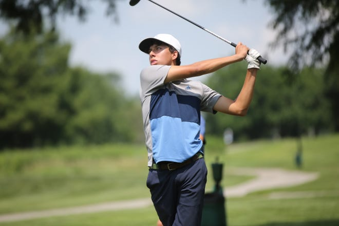 Starting Tuesday's second round three shots off the lead, Alex Valdivia continued his good vibes at Cypress Ridge Golf Course, shooting a 2-under 68 to take the boys' City Junior Golf Championship. Valdivia won by two strokes.