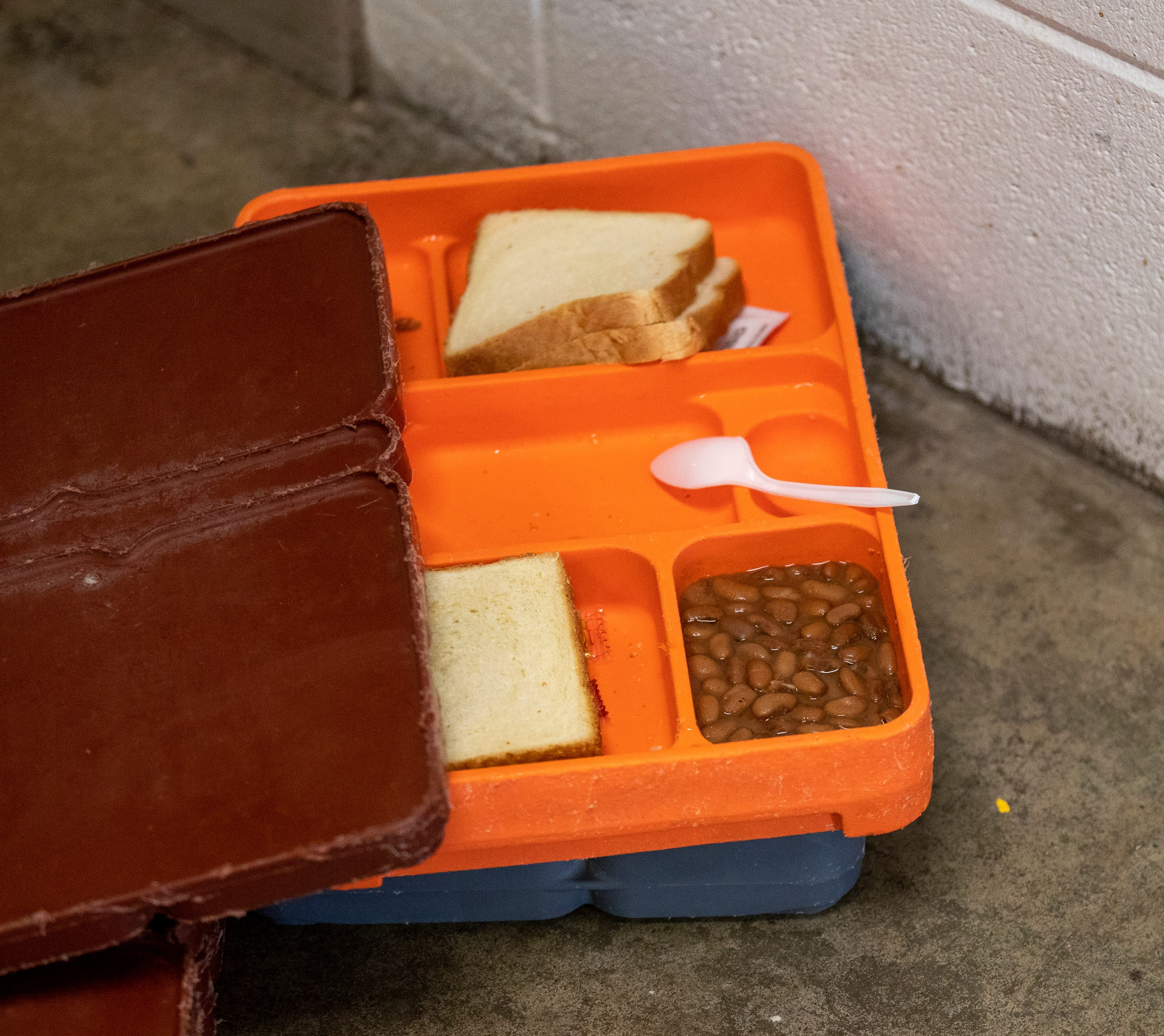 Food tray for inmates
