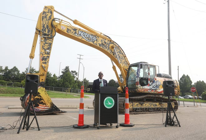 Ohio Department of Transportation Director Jack Marchbanks speaks during a ceremonial kick off of the I-70 reconstruction project through Zanesville on Tuesday. The $88 million project is expected to take six years.