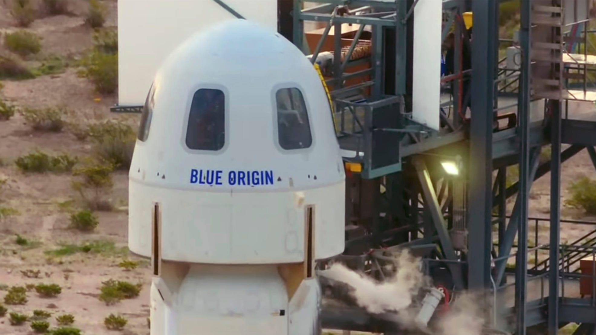 trek actor william shatner among crew of blue origin