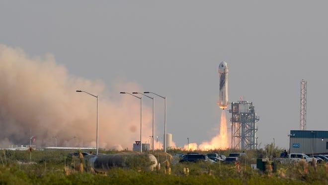 Blue Origin capsule reaches space, returns