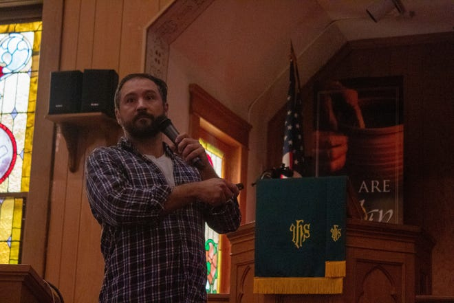 Metin Eren, an archaeology professor at Kent State University, discusses the early Stone Age in America.