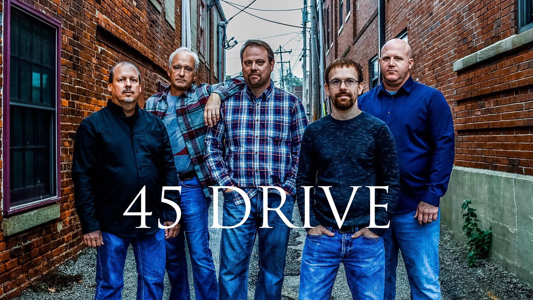 45 Drive, una banda de country y rock clásico con sede en Bloomington, es la primera banda que se presenta el sábado en el evento B-Down Hot Summer Nights.