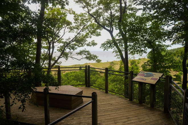 Rosy Mound Park has a variety of scenic views of the forest, dunes and beach.