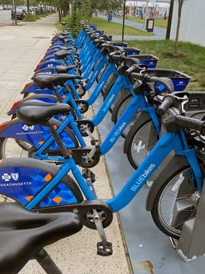 Just outside of Lawn on D is one of the many places people can rent bikes. BlueBikes is owned by Boston, Brookline, Cambridge, Everett and Somerville. Visit bluebikes.com to learn more about membership options and discount programs.