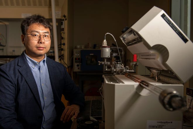 Dr. Chenglin Wu, assistant professor of structural engineering at Missouri S&T, has won a National Science Foundation (NSF) CAREER Award for his work in 2D metals. Photo by Michael Pierce, Missouri S&T